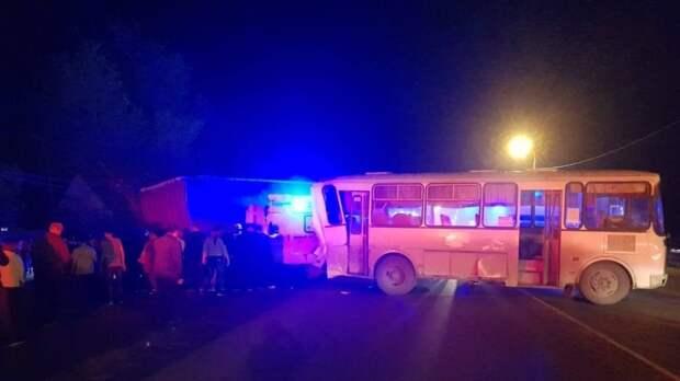 Девушка-подросток стала жертвой аварии с фурой на трассе под Пензой