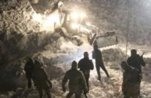 26 человека погибли в Турции из-за схода лавины