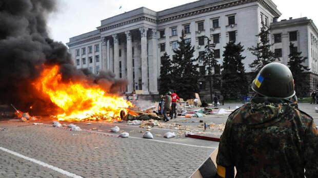 На Украине требуют признать трагедию в Одессе тяжелейшим преступлением