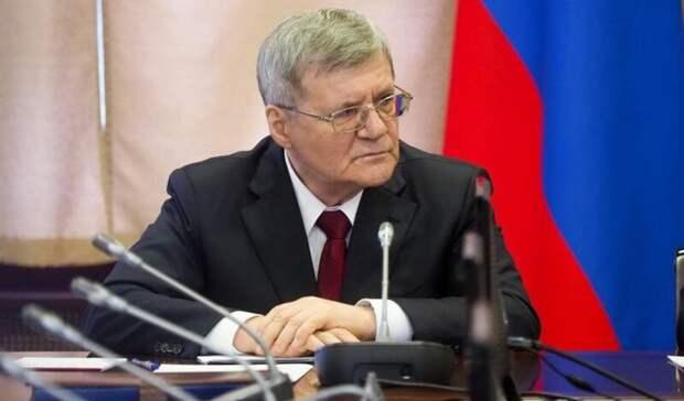 Юрию Чайке продлили срок службы еще на год