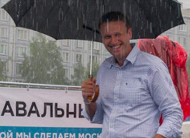 Оппозиция: Навальный кощунствует, пиарясь на трагедии в Кемерово