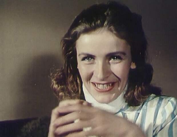 Актрисе, которой Высоцкий посвящал песни, некому было в старости вызвать скорую помощь