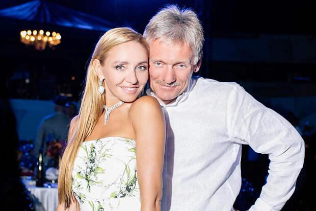 Татьяна Навка показала подарок Дмитрия Пескова на 8 марта