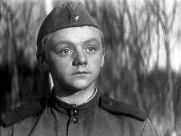 Кадр из фильма *Годен к нестроевой*, 1968   Фото: kino-teatr.ru