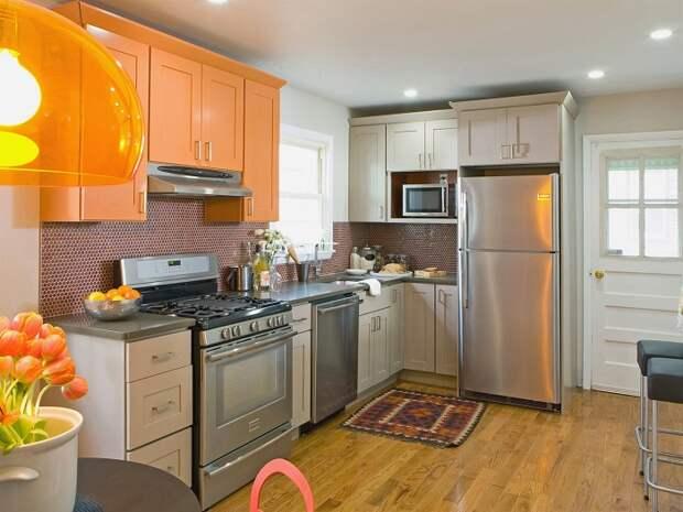 Кухонные шкафы под потолок – оптимальное решение для маленькой кухни.