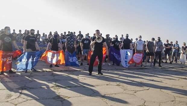 Уроки ненависти. Кто и как под видом летнего лагеря учит украинских детей национализму