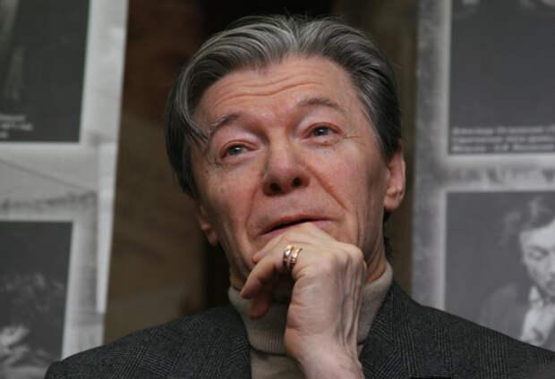 Актёр Александр Збруев лёг в больницу на обследование