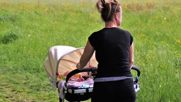 Коляска должна быть удобна и для малыша, и для мамы