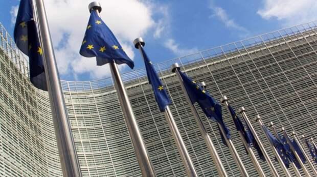 Политолог рассказал о страхе Евросоюза получить в Белоруссии вторую Украину