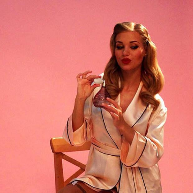 Интерн Кристина Асмус во всей своей красе.
