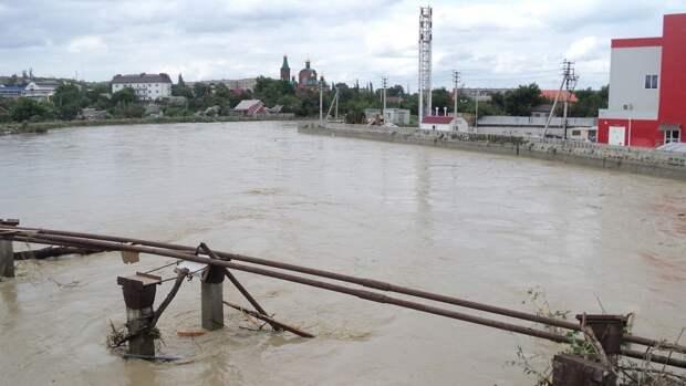 Электричество вернулось в дома Крыма после сильных ливней