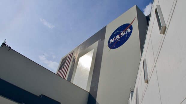 Вертолет-беспилотник NASA Ingenuity совершил первый полет на Марсе