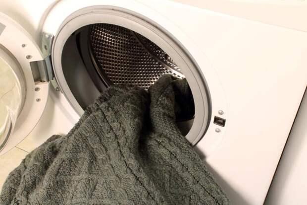 Почему чешется кожа и в чем виноват «кусачий» свитер?