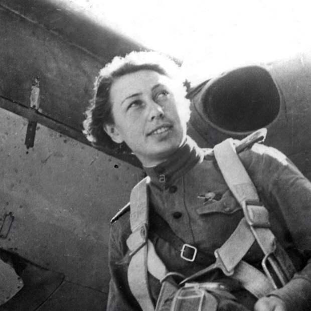 История района: легендарный пилот Клавдия Фомичёва училась летать на Планерной
