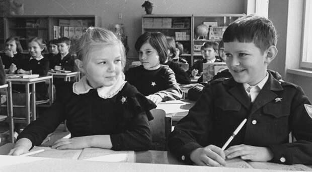 Чем питались советские школьники?
