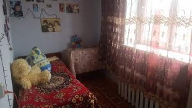 В Астраханской области у бабушки отобрали внуков за долги по коммуналке