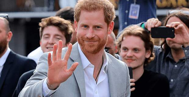 Принц Гарри теперь сам ходит за покупками (и ему это нравится!)