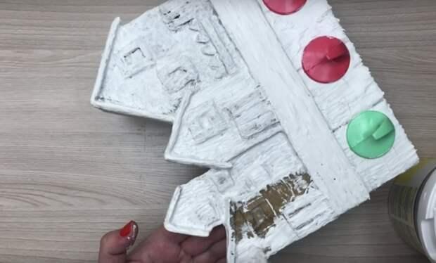 Картон + краска = стильный аксессуар для дома