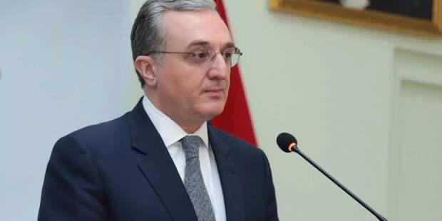 Посол рассказал, когда в Москву приедет глава МИД Армении