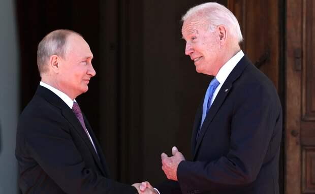 Байден заявил о необходимости предсказуемых отношений США и России
