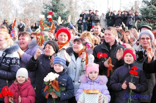 """Встреча """"Беркута"""" в Севастополе 22 февраля 2014 г."""