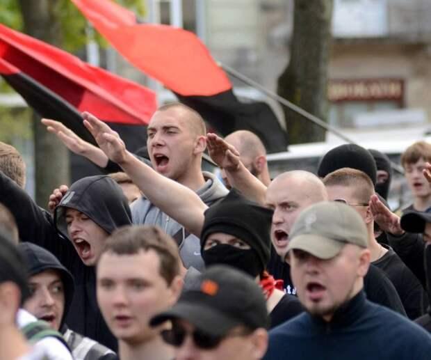 На Украине нацизм пропагандируют на государственном уровне
