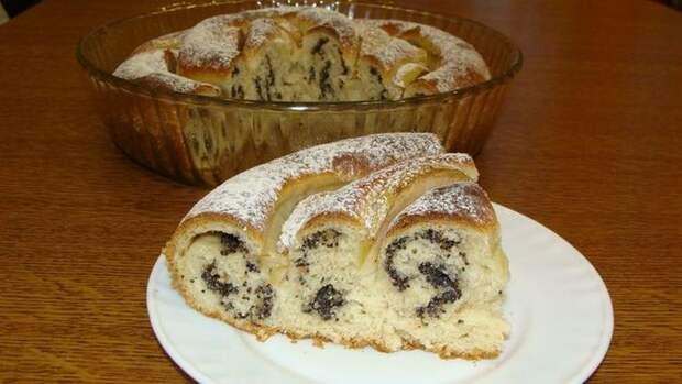 Пирог «РОЗА ПОД СНЕГОМ» с орехами, маком и яблоками