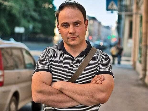 ТАСС: Андрея Пивоварова, ранее задержанного в «Пулково», доставили на допрос в Следственный комитет