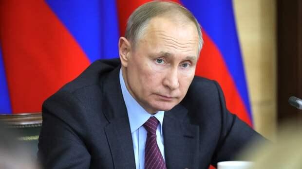 """Мир у """"опасной черты"""". Путин откровенно заявил об угрозах, собрав дипломатов Запада и Востока"""