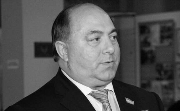 Умер лётчик-испытатель, Герой России Тайгиб Толбоев