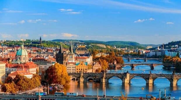 Чехия решила не останавливаться на высылке российских дипломатов