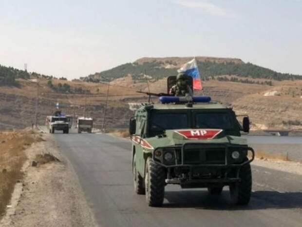 На одной территории: как русские и американцы не поделили сирийскую дорогу