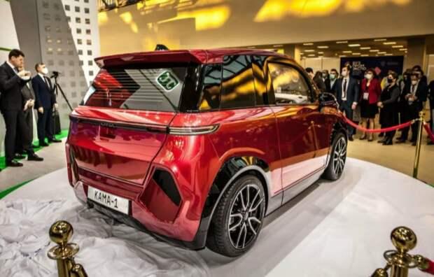 Власти готовят программу поддержки электромобилей в РФ стоимостью более 400 млрд рублей