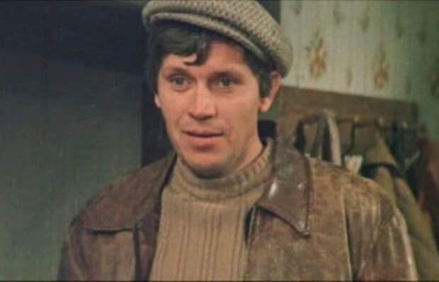Владлен Бирюков в фильме *Молодая жена*, 1978 | Фото: kino-teatr.ru