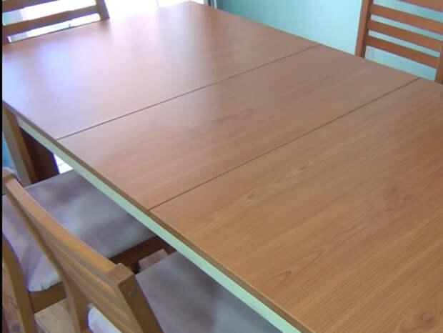 Простая и стильная переделка непривлекательного стола и стульев