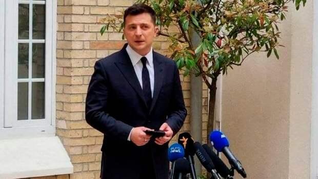 Макрон выставил Зеленского и его просьбы о НАТО «на задний двор»