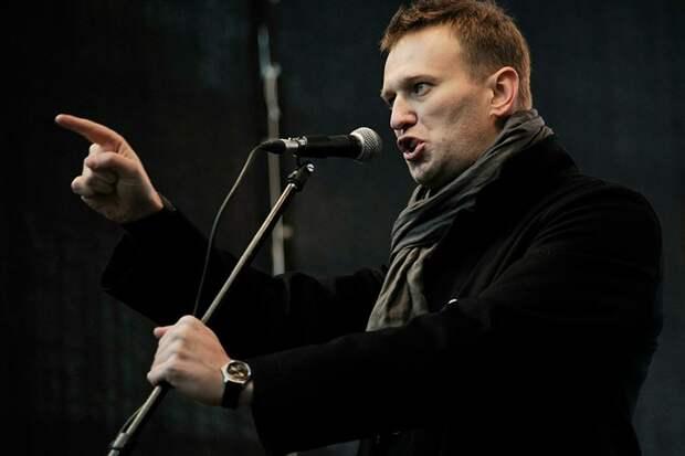 Навальный предложил Лукашенко уйти «по-хорошему»