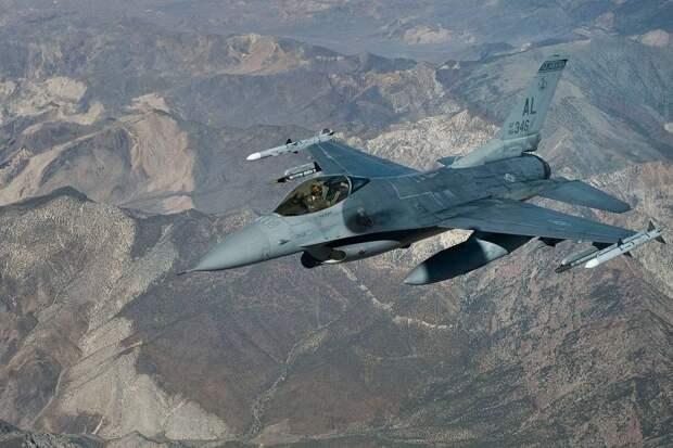 Польские эксперты раскритиковали превратившиеся в хлам F-16 ВВС Ирака