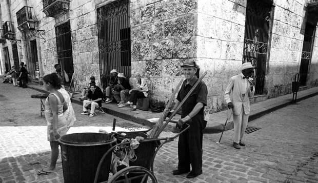 Пуэрториканский фотограф-документалист Мануэль Ривера-Ортис (Manuel Rivera-Ortiz) 13