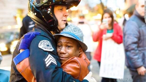 10 фотографий с тревожной историей