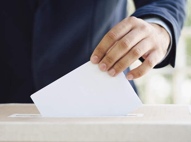 В одном из избирательных участков в Нижнем Новгороде идут обыски