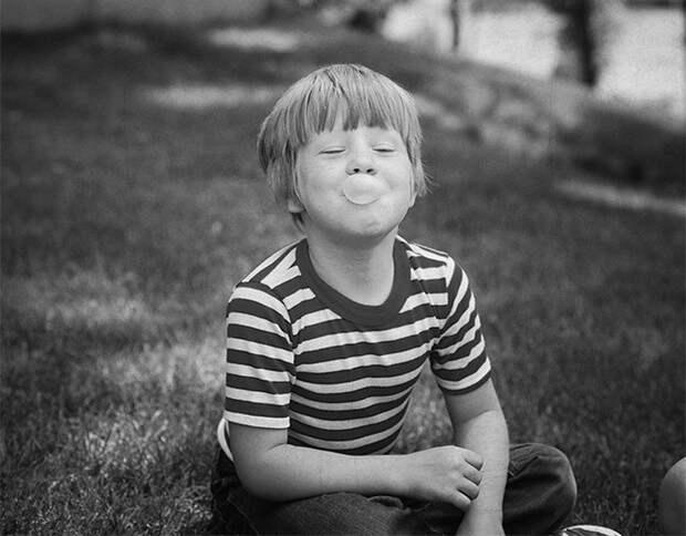 Чтобы избавиться от плохого запаха изо рта, достаточно жевать жвачку