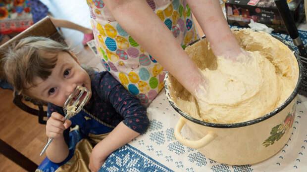 Домохозяйкам – МРОТ, работникам – минимум 150 рублей в час. Что скрывается за этой инициативой