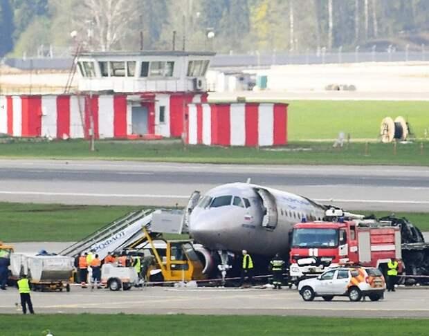 Пилот сгоревшего в Шереметьево SSJ-100 рассказал свою версию катастрофы