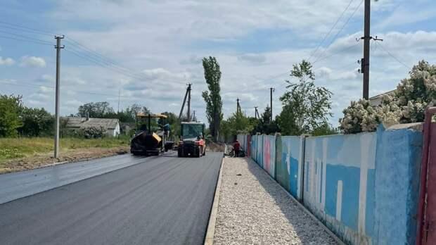 Проведен мониторинг хода капитального ремонта автомобильных дорог в селах Червоное и Уваровка Нижнегорского района