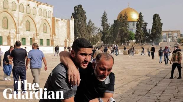 Израильская полиция пошла на штурм мечети в Иерусалиме