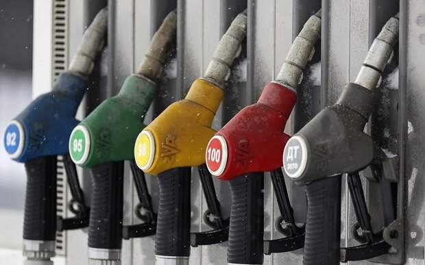 На АЗС появятся «шпаргалки» для определения качества топлива