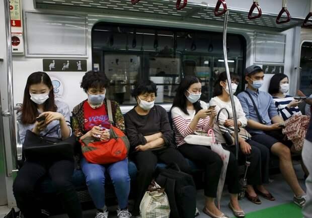Как носить маску, и спасет ли она от коронавируса