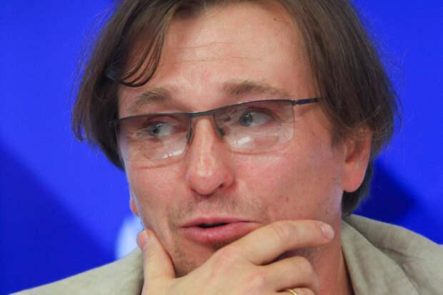 Безруков прокомментировал игру Бузовой в спектакле «Чудесный грузин»