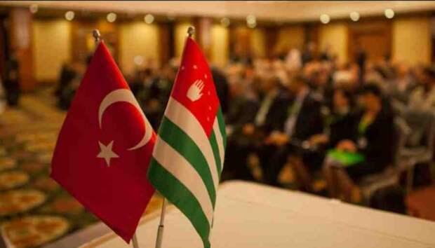 Абхазия: за гранью дружеских штыков взрастим толпу врагов